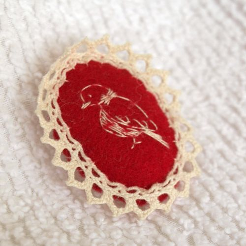Elise's brooch